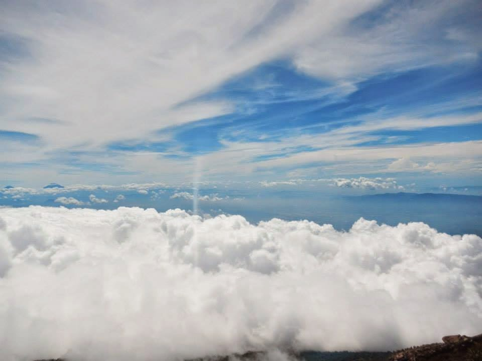 gunung slamet indonesia