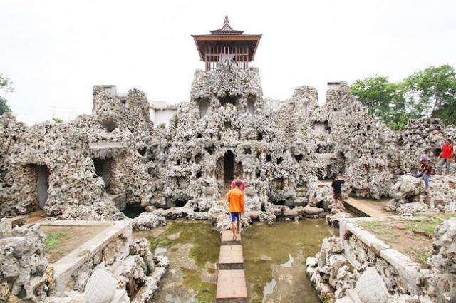 Program Wisata Cirebon Satu Hari (One Day Tour) Dari Jakarta