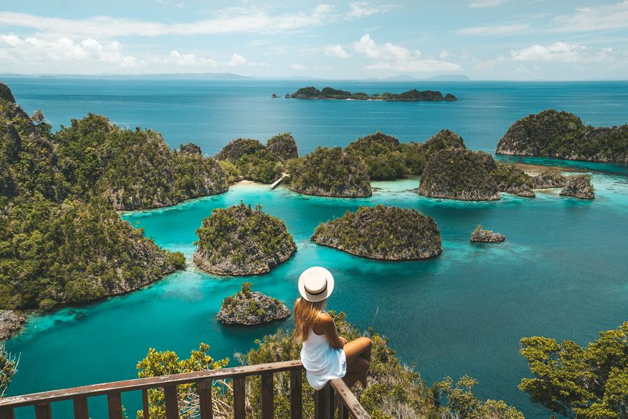 Paket Tour Wisata Raja Ampat 2020 – 2021 | Mulai dari Rp. 1.750.000/Pax