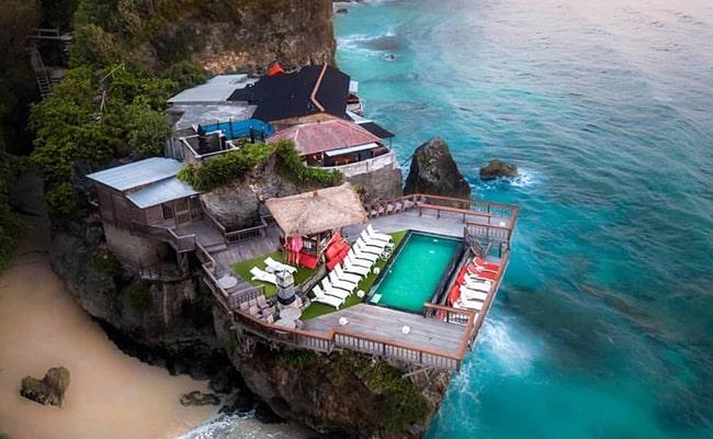 Langsung Sekali Jalan, Ini 10 Tempat Wisata di Bali Bagian Selatan