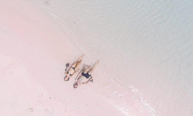 Pink-Beach-630x380